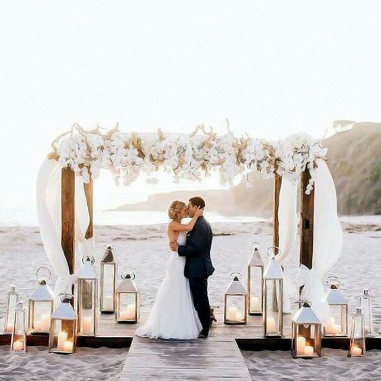 Beautiful-beach-wedding-Arch.jpg
