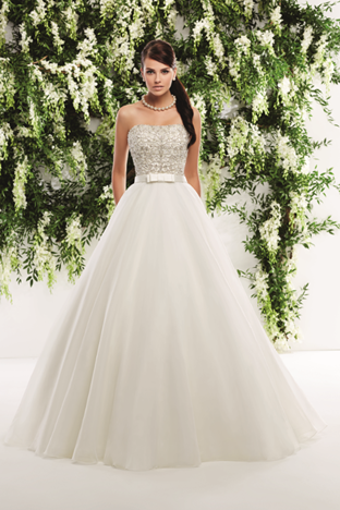 'Strapless ball gown with pockets