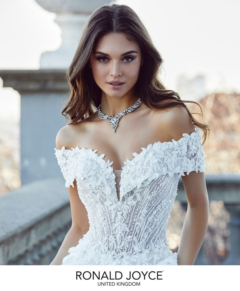 d11f96d27ad Luxury Wedding Dresses   Bridal Gowns